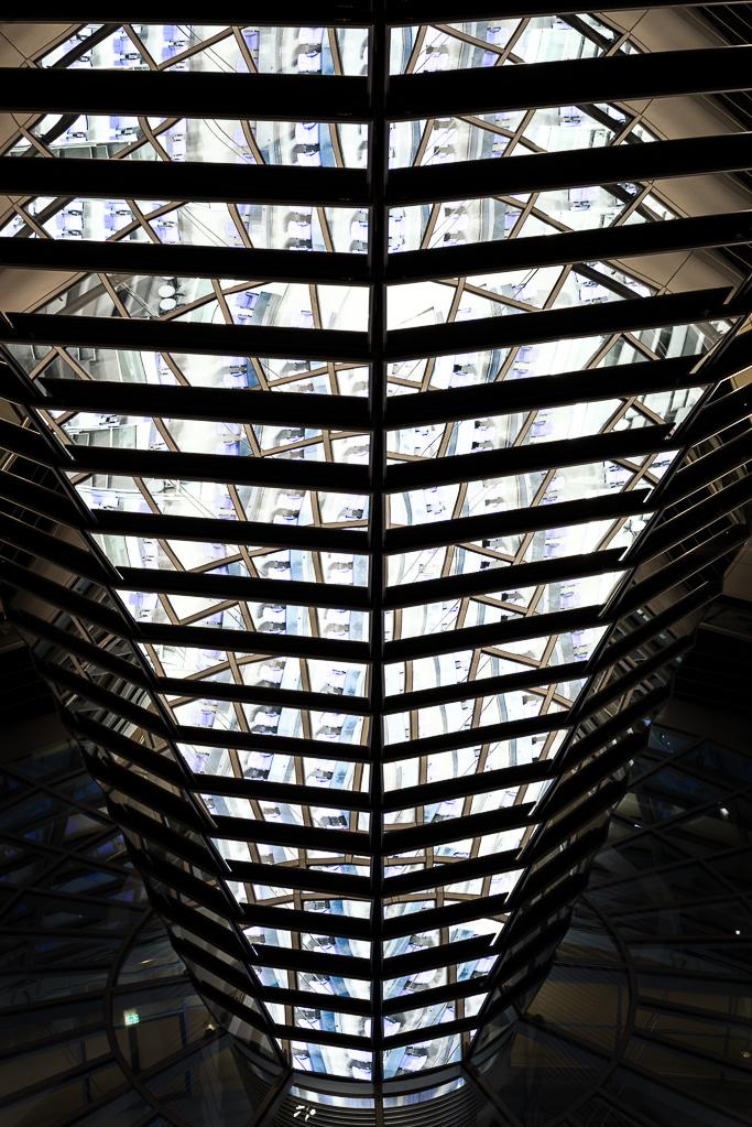 Reichstagskuppel-beleuchtet-10-von-13
