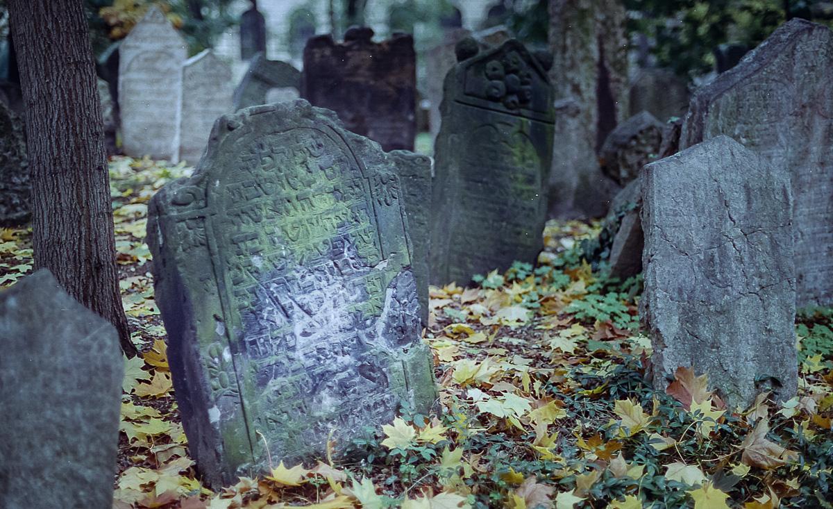 Jüdischer_Friedhof_Prag_(6_von_17)