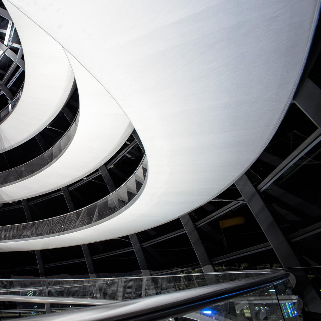 Reichstagskuppel-beleuchtet-6-von-13