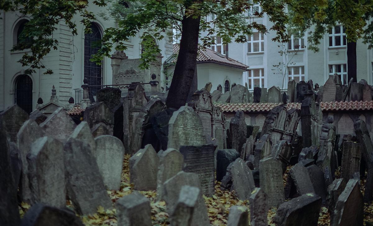 Jüdischer_Friedhof_Prag_(8_von_17)